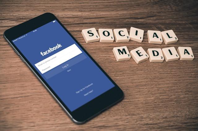 mobil telefon Facebook bejelentkezéssel